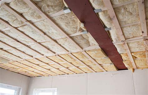 comment isoler un plafond prix isolation
