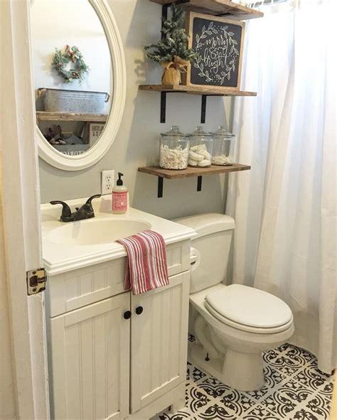bathroom storage shelves toilet 25 best ideas about shelves above toilet on
