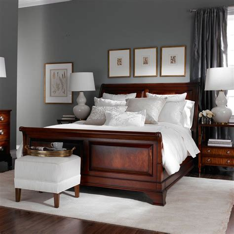 paint colors for bedrooms with wood furniture best 25 cherry wood bedroom ideas on cherry