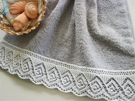how to sew knitting edges together august project spiraling diamonds lace edged towel knit
