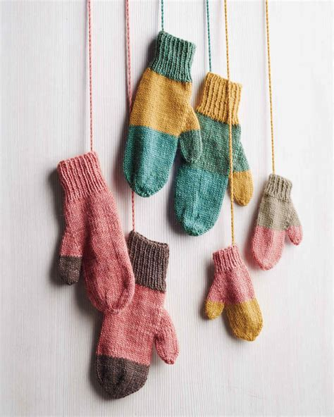 how to knit with yarn knitting