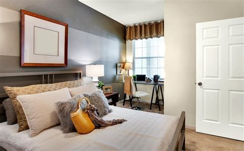 paint colors for bedrooms lowes paint colors for bedrooms with wood furniture ideas