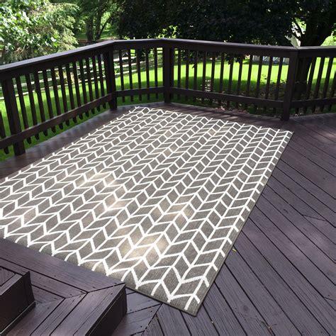 best outdoor rug for deck outdoor carpeting for decks carpet vidalondon