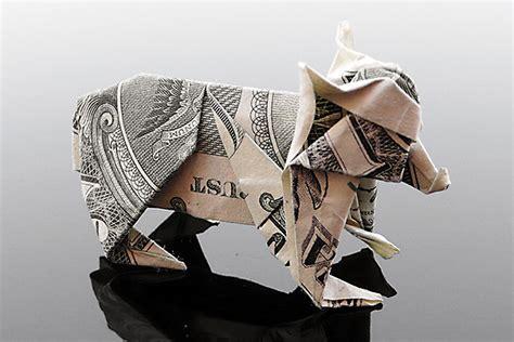canadian money origami craig folds five manipulates money into amazing origami