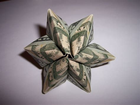 money origami dollar bills strike again the dollar bill modular flower