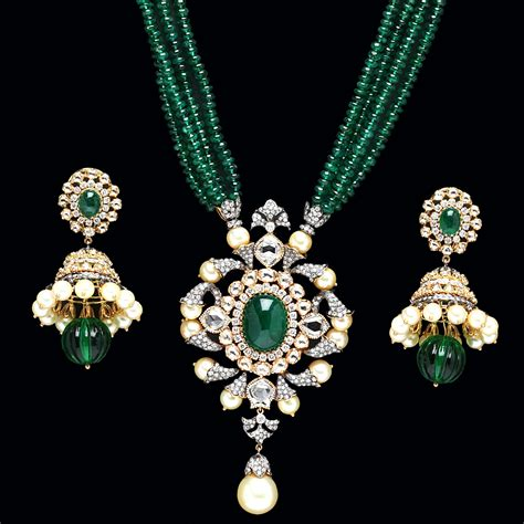 emerald jewellery emerald pendant sets from pc jewellers jewellery deals