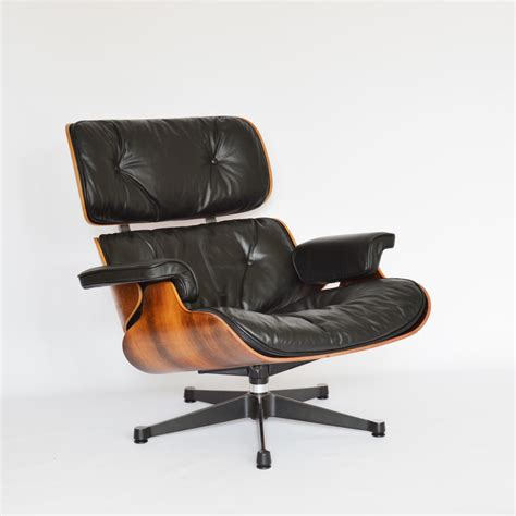 eames lounge chair vintage eames plastic side chair dsw by vitra
