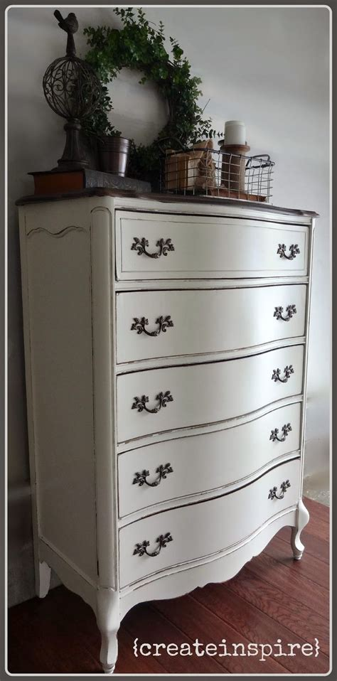 painted provincial bedroom furniture 25 best ideas about provincial furniture on