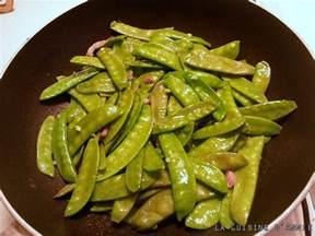 recette pois gourmands au lard la cuisine familiale un plat une recette
