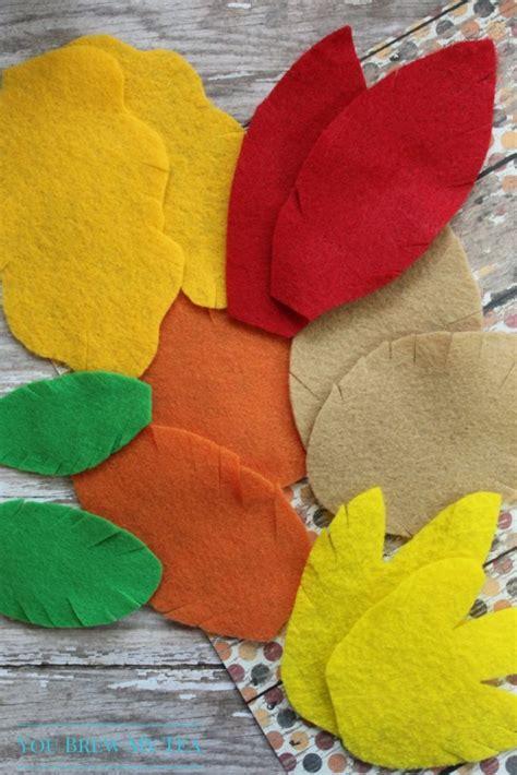 easy felt crafts felt crafts easy fall leaf garland