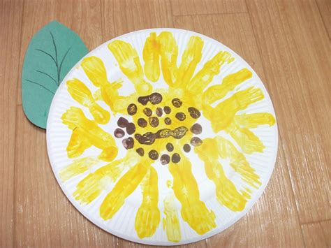 easy crafts with paper easy paper plate sunflower craft preschool education for