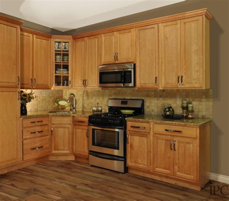 paint colors for kitchens with golden oak cabinets gorgeous golden oak kitchen cabinets with stainless
