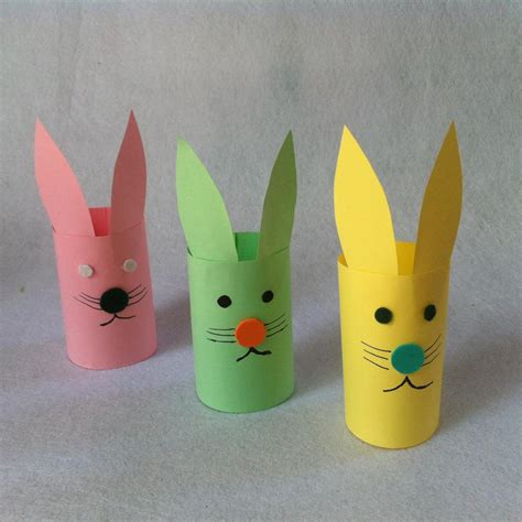 easy crafts for with construction paper diy easter craft for diy paper bunnies createsie