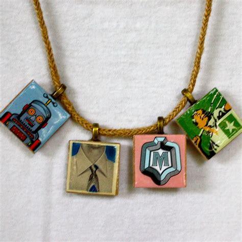 how to make scrabble tile jewelry scrabble tile pendants nimmity