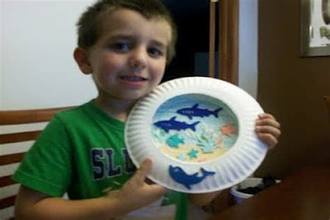 paper crafts for boys paper plate aquarium crafts for pbs parents
