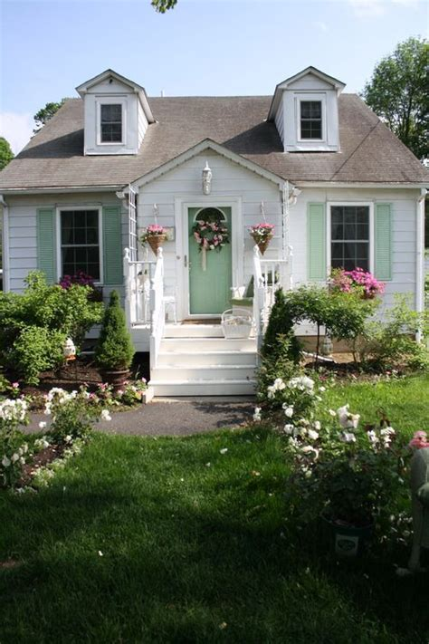 paint colors for cottage 41 best images about great exterior color combos on