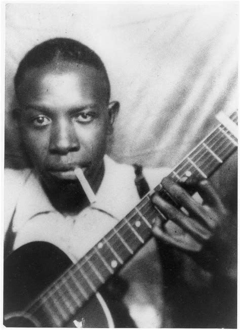 me and the blues to the crossroads the story of robert johnson