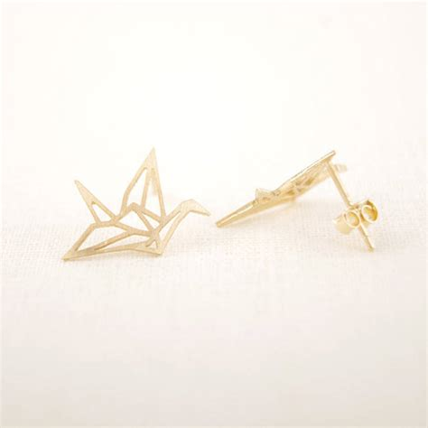 how to make origami crane earrings origami crane earrings by junk jewels notonthehighstreet
