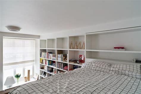 small room with high celings small apartment with rooms and high ceilings