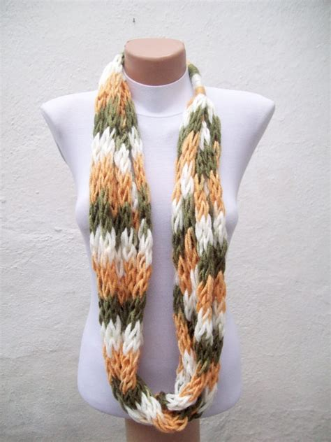 how to finger knit a scarf finger knitting scarf green yellow white multicolor