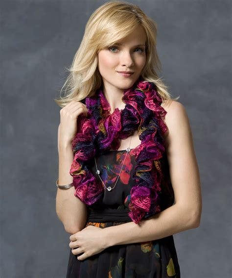 how to knit a ruffle scarf ruffle scarf knitting pattern a knitting