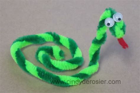 pipe cleaner craft easy to make pipe cleaner crafts for