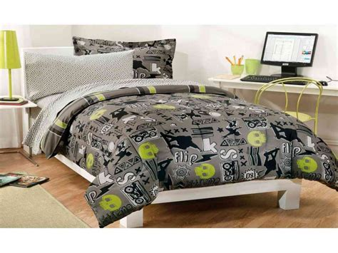 how big is a bed mattress how big is a xl bed this mega king size bed can