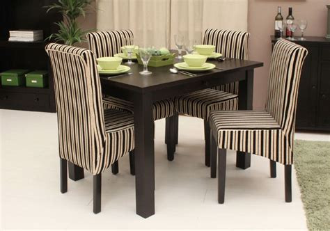 Small Dining Tables And Chairs by 25 Small Dining Table Designs For Small Spaces