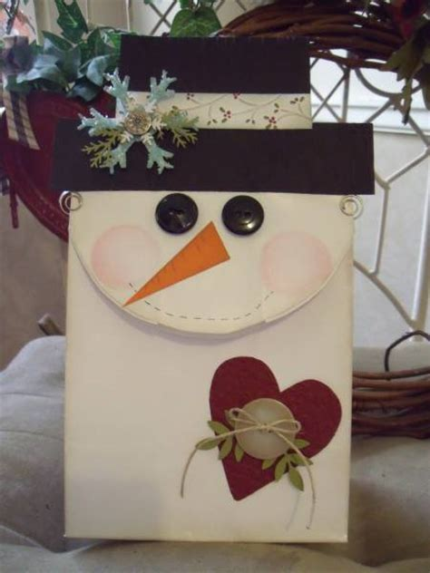 paper lunch bag crafts lunch bag snowman by mitchygitchygoomy cards and paper
