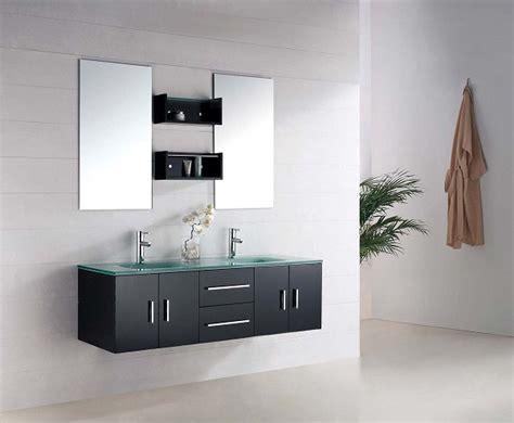 Materiel De Cing Toilette by G2