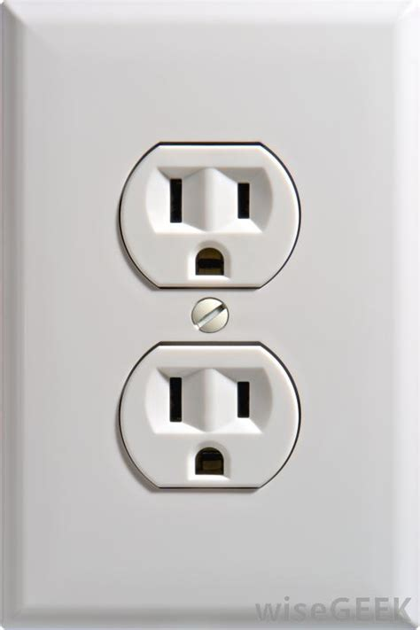 electrical outlet s how does an electrical outlet work with pictures