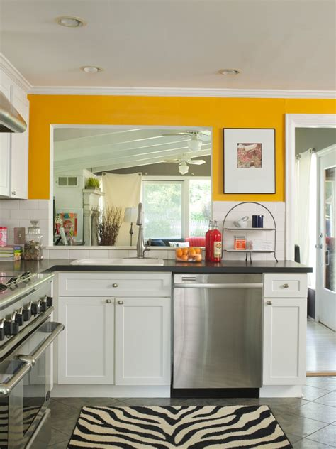kitchen color ideas for small kitchens best small kitchen paint colors ideas 2018 interior decorating colors interior decorating colors