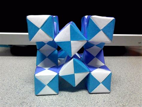 origami moving cubes modular moving sonobe cubes 2 side view by