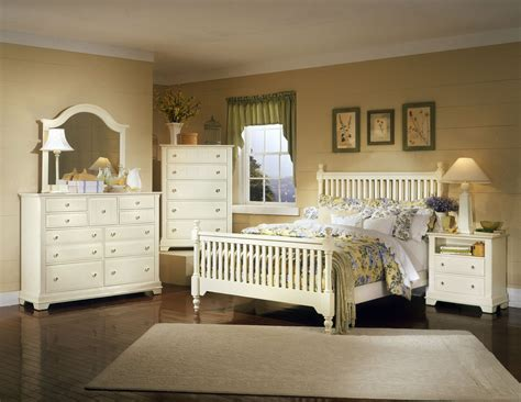 cottage bedroom furniture distressed antique white furniture decosee