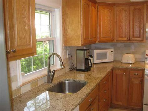paint colors kitchen honey oak cabinets 25 best ideas about honey oak cabinets on