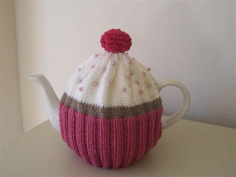 knitting patterns for tea cosies free quot cupcake quot tea cosy by buzybee craftsy