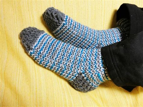 How To Loom Knit Socks Diy Tutorial Great Reference And