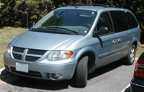 how petrol cars work 2006 dodge caravan engine control file grand caravan jpg wikimedia commons