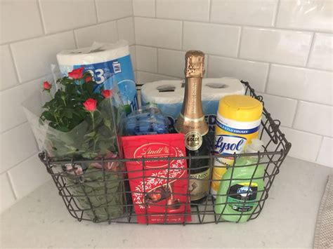 gifts for new apartment owners 25 best ideas about welcome gift basket on
