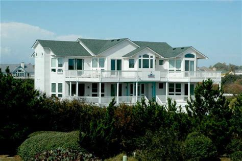 outer banks luxury homes for sale