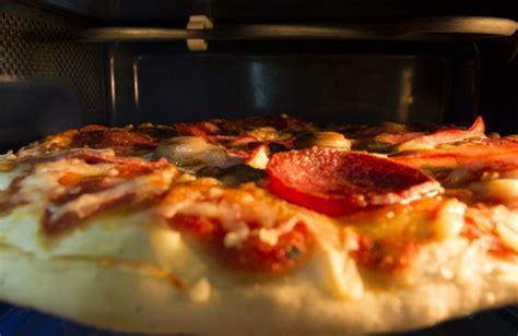 utiliser votre micro ondes pour cuire votre pizza