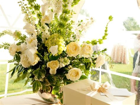 gift arrangements weddings wisteria flowers and gifts