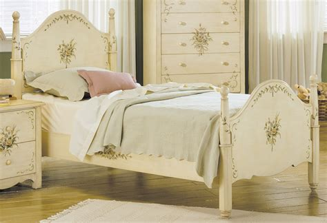painted white bedroom furniture how painted bedroom furniture can fulfill your