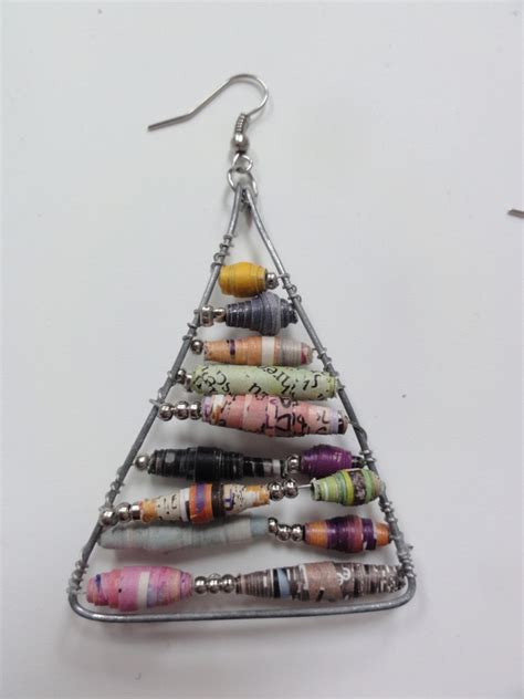 paper craft earrings anthropologie inspired paper bead earrings 183 how to make a