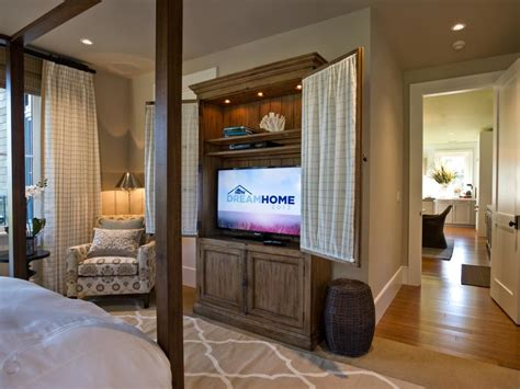 master bedroom designs 2013 hgtv home 2013 master bedroom pictures and
