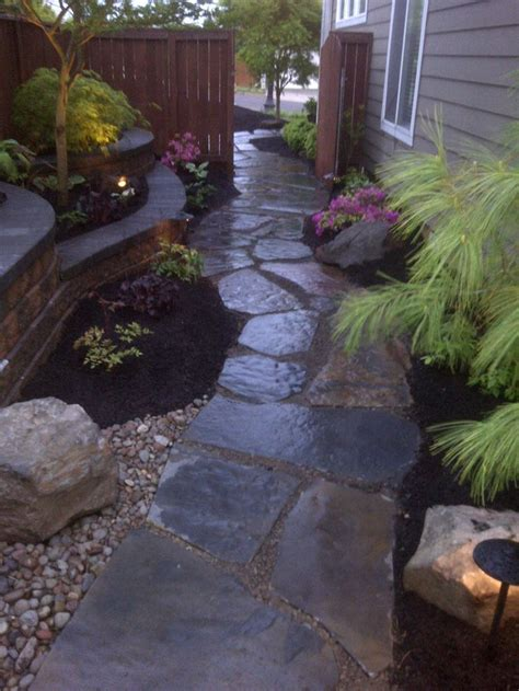 garden ideas for side of house 25 best ideas about side yard landscaping on