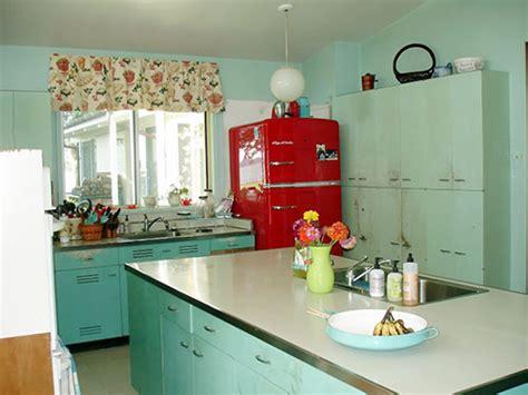 paint colors for vintage kitchen nancy s metal kitchen cabinets get a fresh coat of paint