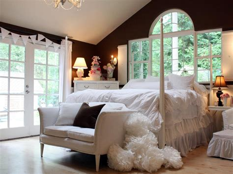 Hgtv Bedroom Makeover Budget Bedroom Designs Bedrooms Bedroom Decorating