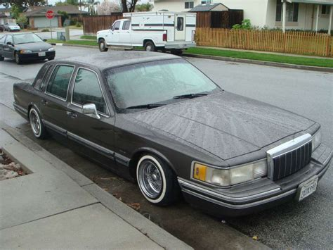 Town Car Service by Service Manual 1995 Lincoln Town Car Service Manal