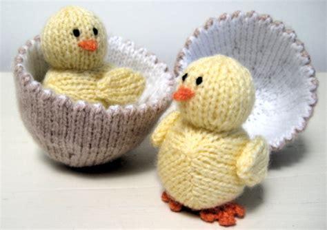 easter free knitting patterns cometgirl knits free pattern alan dart s egg